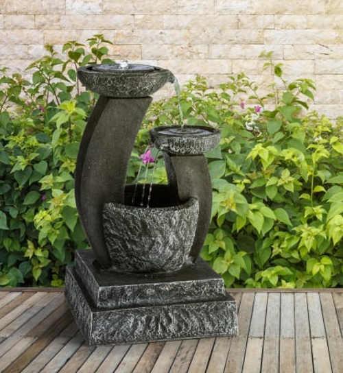 Nádherná fontána z umělého kamene na terasu