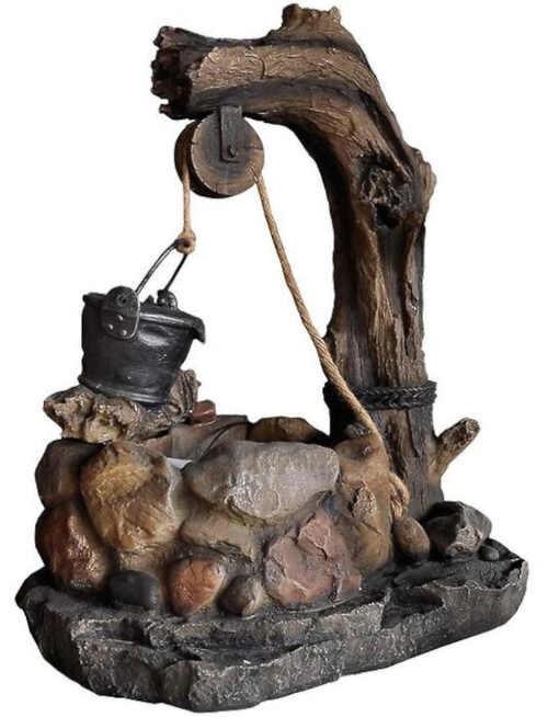 Zahradní kašna imitace studny s kbelíkem
