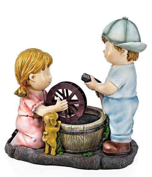 Fontána na zahradu holčička a kluk