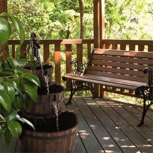 rustikalni-kasna-do-dreveneho-zahradniho-altanku